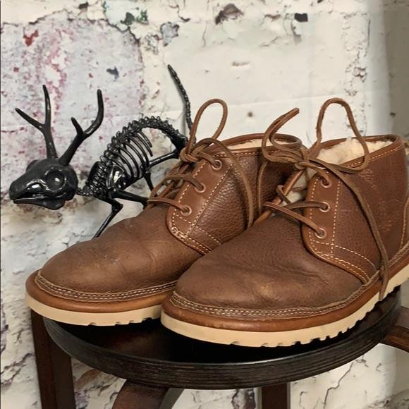 UGG Other - Mens UGG brown shoe boots 7